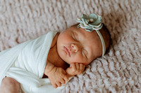 kinley-newborns-1011